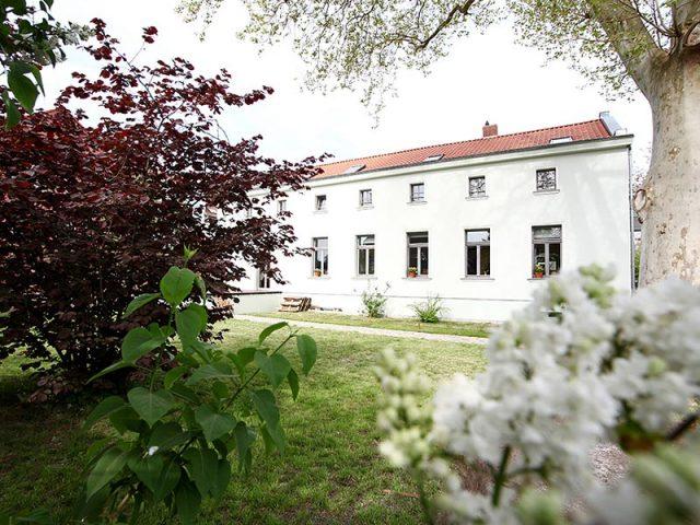 Zahnarztpraxis Uta Rusch in Schönebeck (Elbe) von außen.